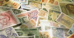 The symbolism of banknotes around the globe